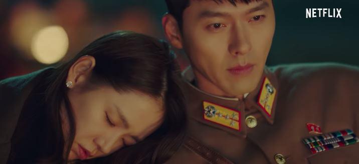 Hyun Bin & Son Ye-jin in Netlfix's 2019 Korean TV Series - Crash Landing On You.